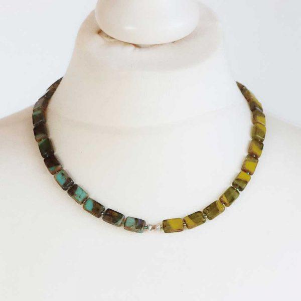 Halskette Grüne Vielfalt - esperlt - Körperbild