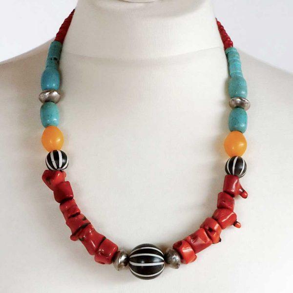 Afrikanische Farben - Halskette von Esperlt