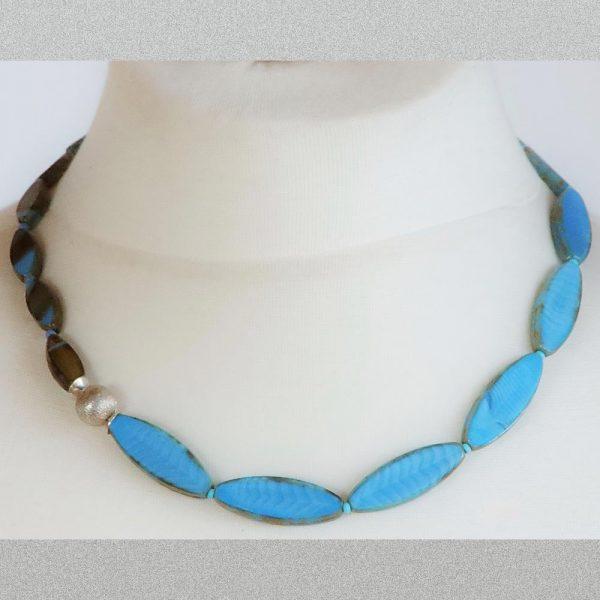 Halskette Fischli - esperlt - Körperbild
