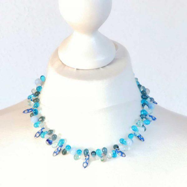 Halskette Blaues Wunder - esperlt - Körperbild