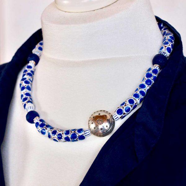 Halskette Blaue Lagune von esperlt - Körperbild