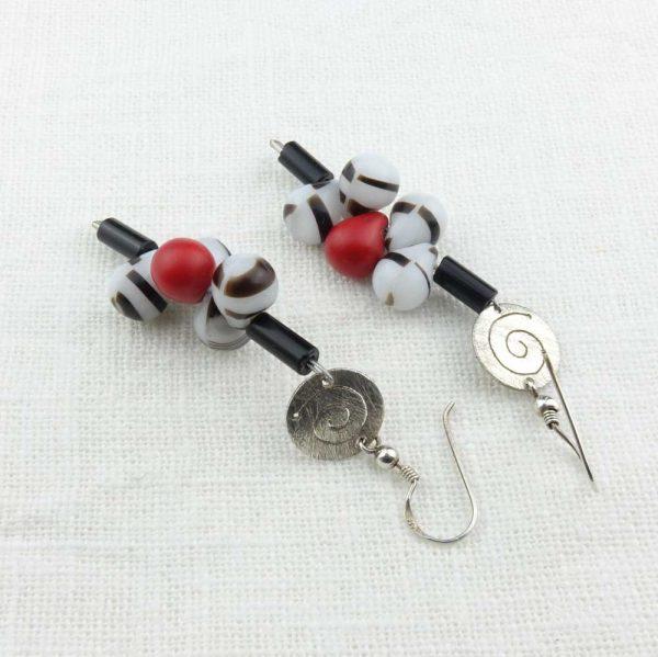 Ohrringe Schwarz-Weiß-Rot von esperlt