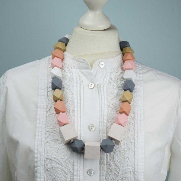 Halskette Helle Töne von esperlt